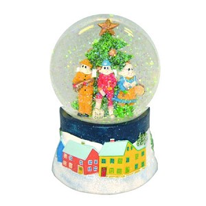 "Musical Snow Globe - Plays ""The Mummer's Song"" - large 6"""